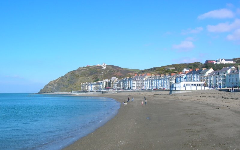 Hot November: Aberystwyth set the record today at 22.3C