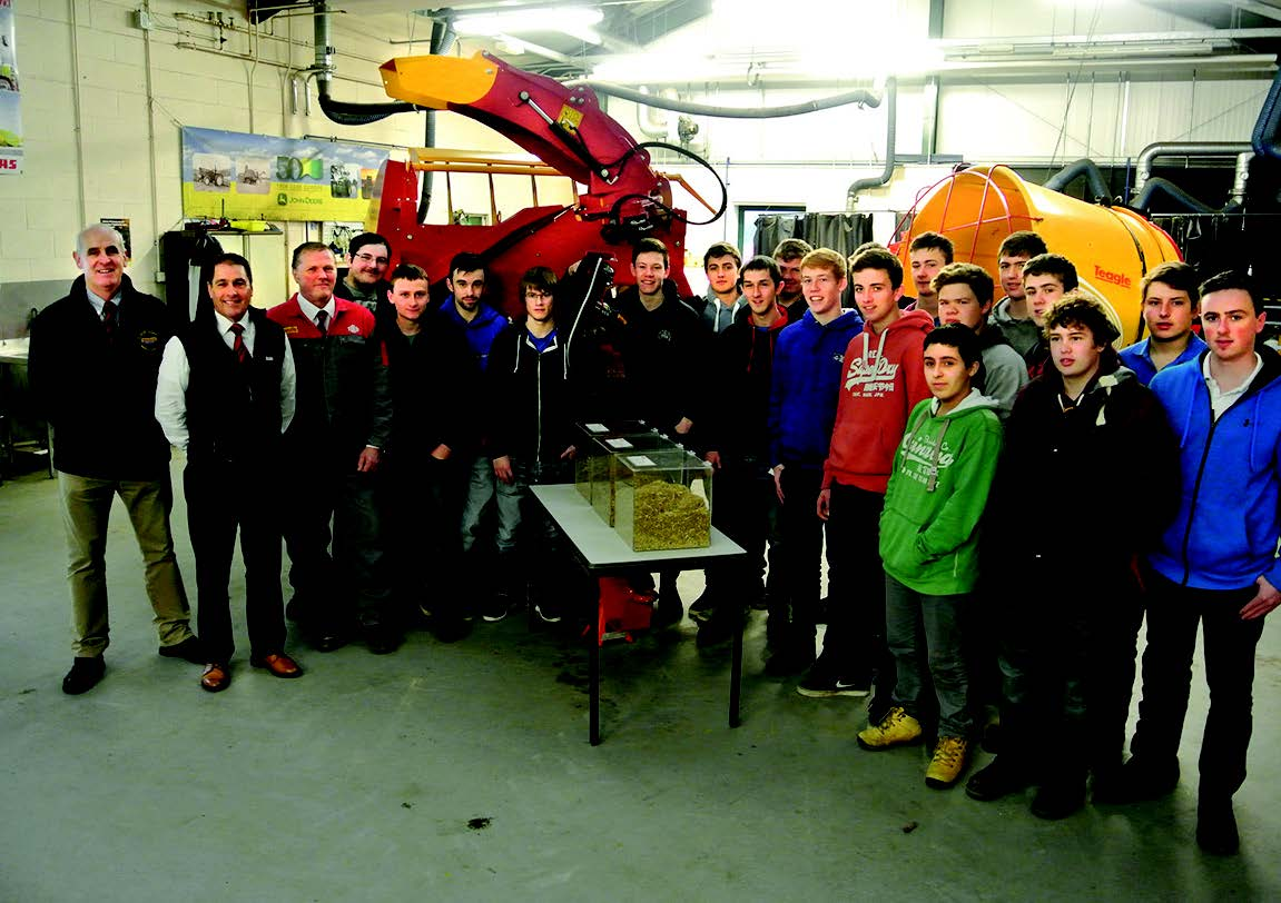 Coleg Sir Gar agricultural engineering students : W ith Nigel Davies, partner at Gwili Jones tractors and Teagle machinery representatives Jim Squires (UK sales manager) and Mike Ibbotson (service manager)