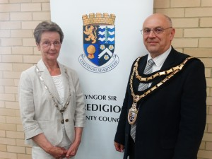 L-R Mair Mason, Chairman's Consort and Councillor Dai Mason, newly elected Chairman of Ceredigion County Council, May 2016 (1)
