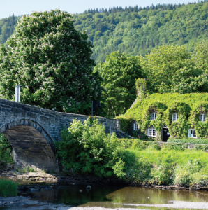 Could get some votes?: Llanrwst Bridge
